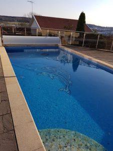 El diseño personalizado de la piscina en Suecia